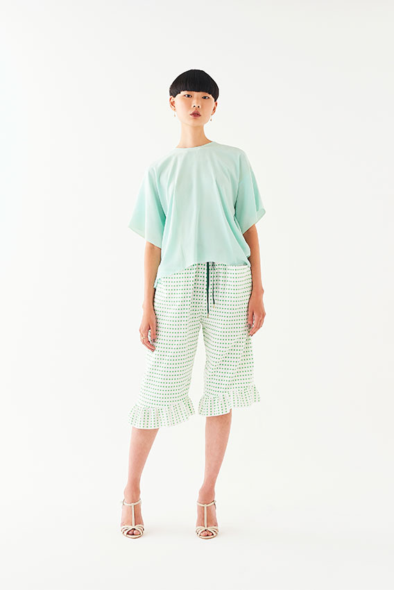 GotoAsato happiness19 Color T-shirt, Green Frilled Trousers
