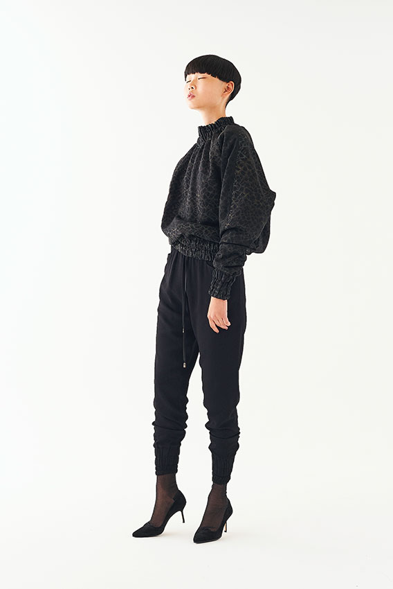 Goto Asato Happiness 19 Special Quilted Pullover Black Patches